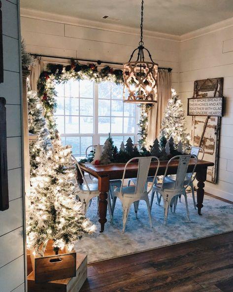 Inexpensive Farmhouse Hacks - DIY Faux Shiplap - Home Hacks Christmas Time Is Here, Noel Christmas, Country Christmas, Christmas Fireplace, Xmas, Christmas Kitchen, Elegant Christmas, Outdoor Christmas, Christmas Ideas