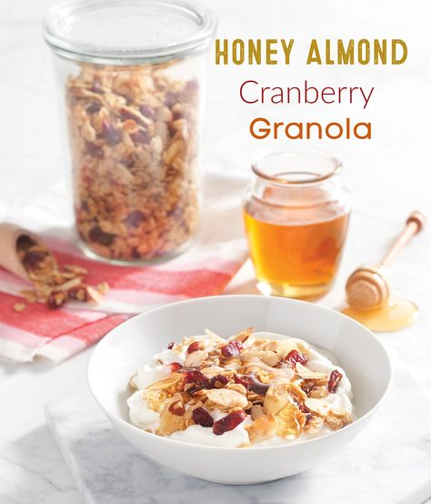 Honey Almond Cranberry Granola: naturally sweetened by my go-to one-ingredient sweetener…honey! This recipe uses so many ingredients that hard-working honey bees play a key role in pollinating like almonds and coconut oil. #ad