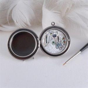 Sekretnik Ulubione Miejsce Pierwsza Randka Hand Painted Necklace Locket Customized Gifts