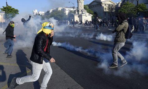 Paris : casseurs arrêtés, casseurs libérés, la routine socialiste Publié le 3 juin 2016 - par Jean Sobieski Le 15e Arrondissement de Paris, jusqu'ici épargné par la guerre civile, a été mis à sac en marge d'une manif tolérée en phase « État d'urgence«...