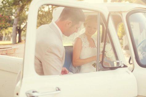 12 ways to incorporate vintage accents into your wedding! #vintagecar