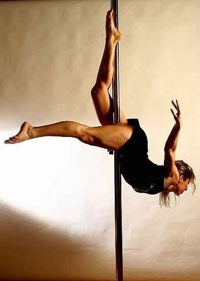 pole dance dragonfly