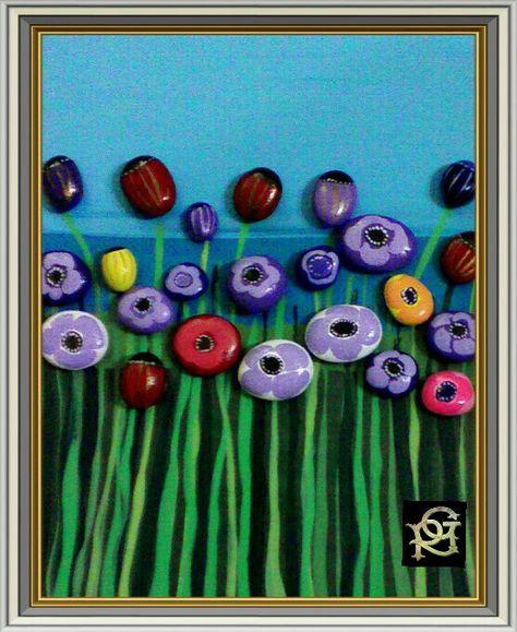 Prato in fiore -Painted Stones di Rosaria Gagliardi