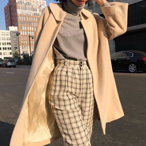 casual date outfit Retro Outfits, Vintage Outfits, Mode Outfits, Cute Casual Outfits, Fashion Outfits, Womens Fashion, Grunge Outfits, Fashion 2017, Fashion Online