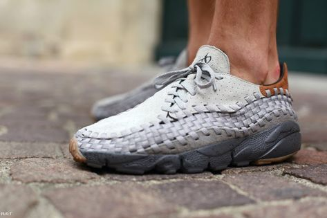 56d78e7855 Nike Air Footscape Woven Free Motion BODEGA x Tee Nike 'What do you see?