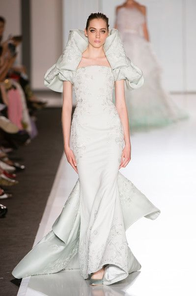 Ralph & Russo Couture, Fall 2017 - Gorgeous Couture Runway Gowns Fit for a Bride - Photos