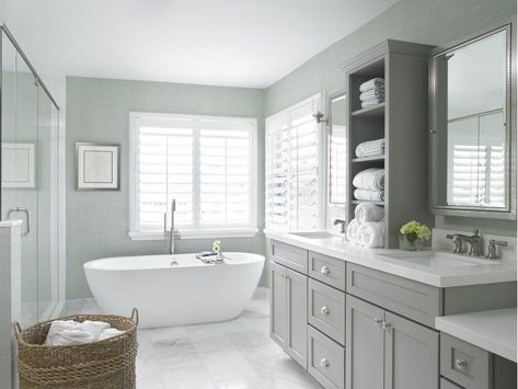 Dreaming of an extravagance or designer master bathroom? We've gathered together lots of gorgeous bathroom suggestions for small or large budgets, including baths, showers, sinks and basins, plus master bathroom decor some ideas. Bad Inspiration, Bathroom Inspiration, Bathroom Styling, Bathroom Interior Design, New Bathroom Designs, Neutral Bathrooms Designs, Cottage Bathroom Design Ideas, Bathtub Designs, Bad Styling