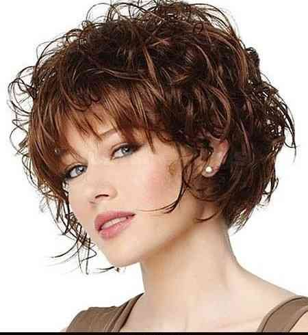 Different Hairstyles Wash And Go Short Messy Hairstyles With Side Bangs For Oval Fa Medium Hair Styles For Women Medium Hair Styles Medium Length Hair Styles