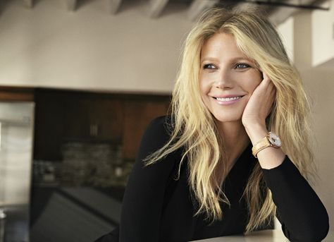 During the shooting, Gwyneth Paltrow gave Frédérique Constant an exclusive interview. Description from en.worldtempus.com. I searched for this on bing.com/images