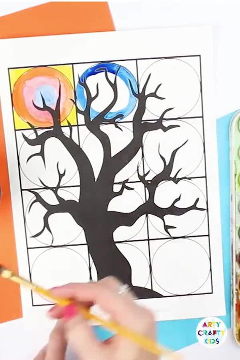 Kandinsky Inspired Circle Art Spooky Tree - A fun Halloween art idea for kids #artycraftykids #artforkids #kidsart