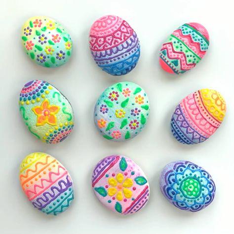 Easy Easter egg painted rocks.