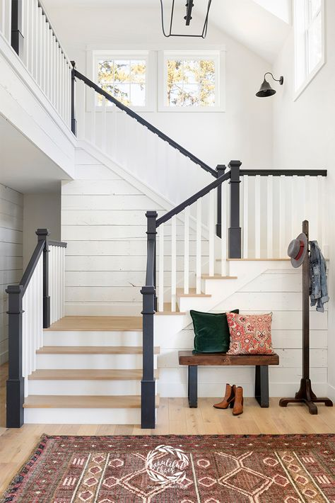The staircase design and entryway in our Award-Winning Farmhouse Rebuild, Hidden Hillside. An award-winning, modern farmhouse rebuild located in Independence, Minnesota. Gorgeous, white farmhouse style home flip by Beautiful Chaos. Modern Farmhouse Interiors, Modern Farmhouse Style, Interior Design Farmhouse, Modern Home Interior Design, Country Modern Decor, Staircase Interior Design, White House Interior, Farmhouse Architecture, Stair Design