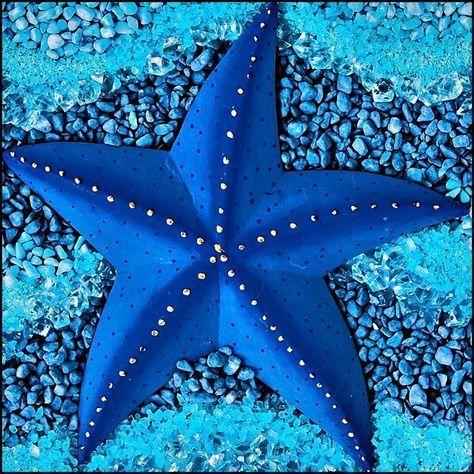 19 bizarre and beautiful starfish species unterwasserwelt basteln pappteller fische meerestiere Starfish Species, Image Bleu, Deep Blue Sea, Ocean Creatures, Cool Sea Creatures, Sea World, Ocean Life, Ocean Ocean, Ocean Waves