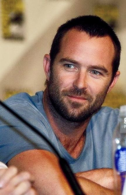 Sullivan Stapleton - Blindspot is a great new show, not sure how I have missed him in other movies, shows....