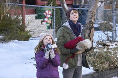 The Christmas Chronicles Trailers Featurette Images And Poster Judah Movies Used Camping Gear