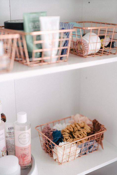 Home Decor Accessories Makeup and skincare organization hacks tips and tricks. Best products I use and buy when reorganizing.Home Decor Accessories Makeup and skincare organization hacks tips and tricks. Best products I use and buy when reorganizing Organisation Hacks, Bathroom Organisation, Makeup Organization, Hair Product Organization, Storage Ideas For Bedroom, Make Up Organization Ideas, Organization Ideas For Bedrooms, Teen Room Organization, Ikea Makeup Storage