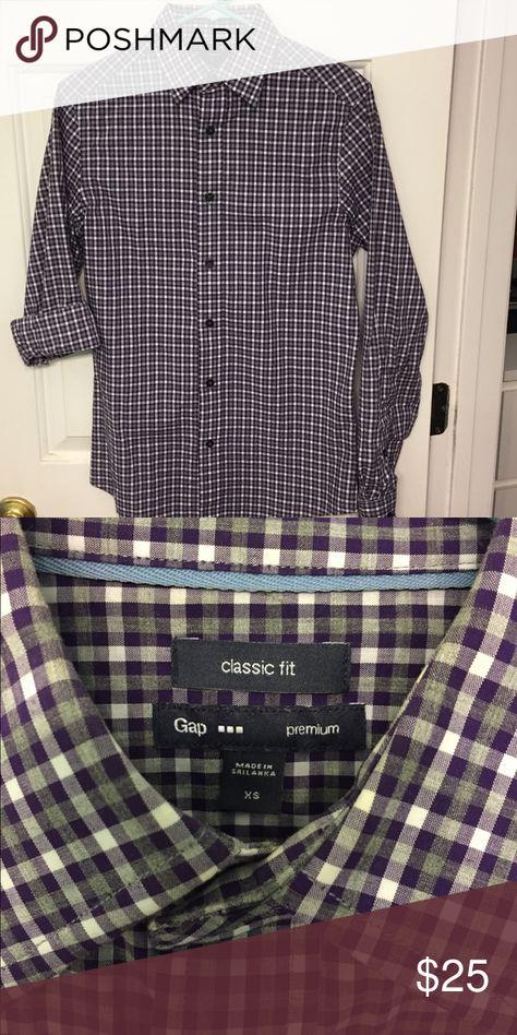 GAP Premium Classic fit button front Gingham design dress shirt. GAP Shirts Dress Shirts