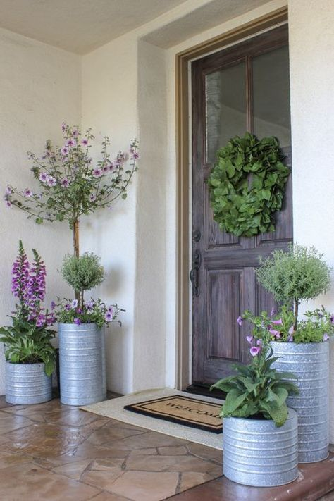 A Comprehensive Overview On Home Decoration In 2020 Front Porch Flowers Porch Plants Front Porch Planters