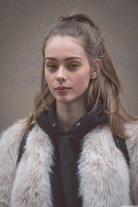 Lauren De Graaf - Beauty is Art