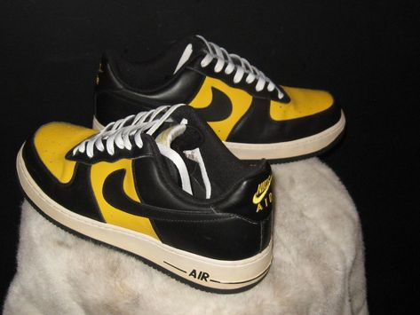 Nike Air Force 1 GS Youth Boys Size 7 Black Fashion Sneakers