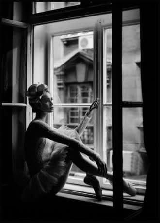 Ballerina Poster | Bianco e nero, Poster, Fotografia nera