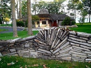 Nice Craft1945: Earl Young And The Mushroom House