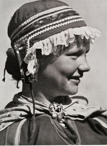 Samisk Jente Sami Girl Sweden Ca 1930 Sami Sweden First Peoples