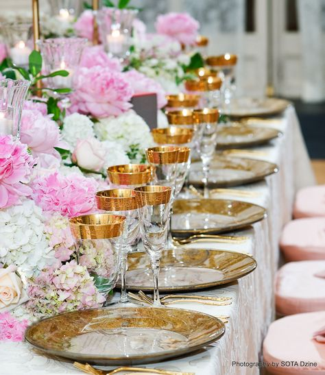 soft elegance...LOVE Gold and PINK!