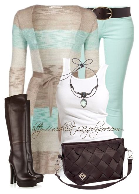 Gucci Leather Knee Boots - Can't afford the boots, but love the whole outfit! Komplette Outfits, Casual Outfits, Fashion Outfits, Womens Fashion, Fashion Trends, Petite Fashion, Fashion Bloggers, Fashion 2017, Cute Fashion
