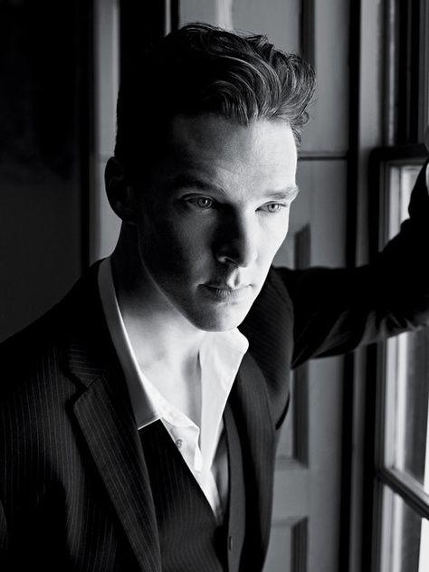 Benedict Cumberbatch in an impeccable Ralph Lauren suit.  Via @ncubuscumbrbtch. #BenedictCumberbatch #RalphLauren