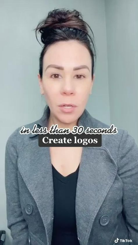 Create a simple and fast logo in 30 seconds