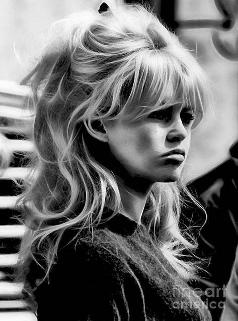 Ponytail Hairstyles, Wedding Hairstyles, Wedding Hair Bangs, 1940s Hairstyles For Long Hair, 1960 Hairstyles, Over 60 Hairstyles, Fringe Hairstyles, School Hairstyles, Everyday Hairstyles