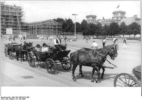 Der Chef setzt auf Nostalgie 10.7.1990-Berlin- Vom Pariser Platz am…
