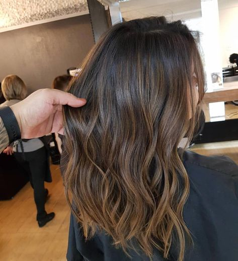 "2,055 curtidas, 40 comentários - Douglas Garcia Hairstylist ✂️ (@douglasgarciaoficial) no Instagram: ""Morena iluminada com Ombre sun burn 😍"" #ombrecolor"