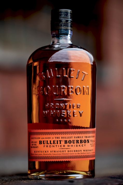 Bulleit Bourbon: The Label