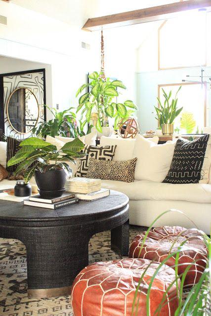 Black Coffee Table Round Coffee Table Bernhardt Dubois Coffee Table Interior Interior Design Furniture
