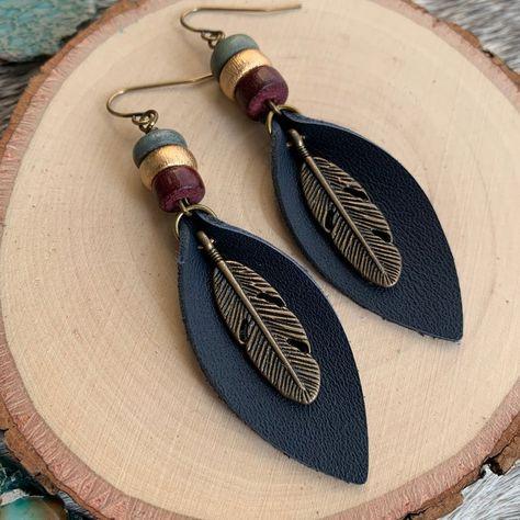 Feather Earrings, Leaf Earrings, Beaded Earrings, Beaded Jewelry, Handmade Jewelry, Make Earrings, Crochet Earrings, Decor Diy, Diy Home Decor Bedroom