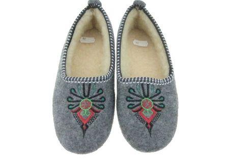 236 A Pantofle Damskie Filcowe Pawlikowscy Welna Owcza Parzenica Papciolandia Pl Fashion Moccasins Shoes