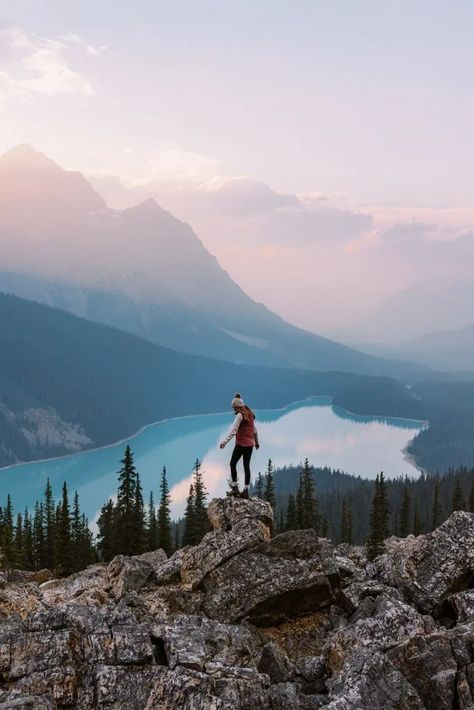 Top 6 Must-See Canadian Rockies Lakes
