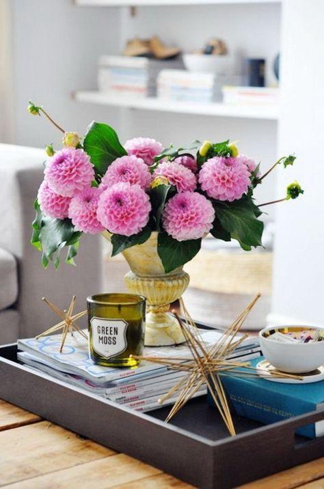 30 Schone Fruhling Wohnzimmer Dekoration Mit Blumen Und Vasen