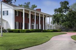 Crestmore Manor Riverside Wedding Venue Posted By Inland Empire Coordinator Revolution Wed