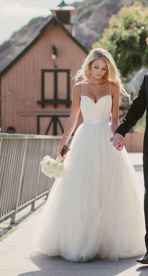Ivory Spaghetti Straps Sweetheart Neck Tulle Sleeveless Wedding Dress Long Wedding Dresses Wedding Dresses Sleeveless Wedding Dress