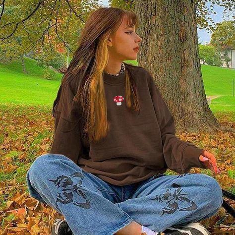 Y2K Aesthetics Sweatshirt - Brown / S
