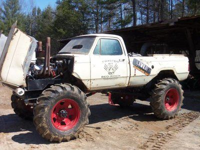 Mud Truck 2 5 Ton For Sale In East Bend Nc Racingjunk Classifieds Mud Trucks Mud Racing Racingjunk