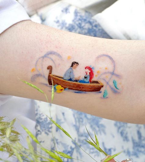 Disney Tattoos Klein, Disney Tattoos Small, Disney Sleeve Tattoos, Small Tattoos, Mini Tattoos, Baby Tattoos, Friend Tattoos Small, Best Friend Tattoos, Little Mermaid Tattoos
