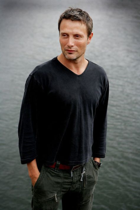 Mads Mikkelsen. Not your conventional beauty, but...I could look at that. <3