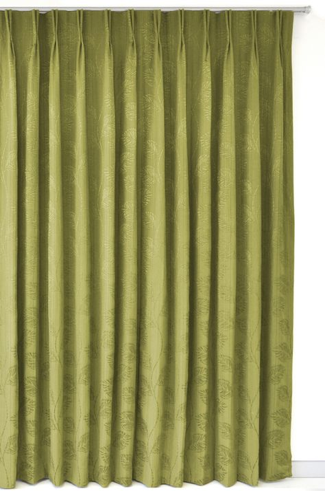 Charles Parsons La Pearla with Double Pinch Pleat