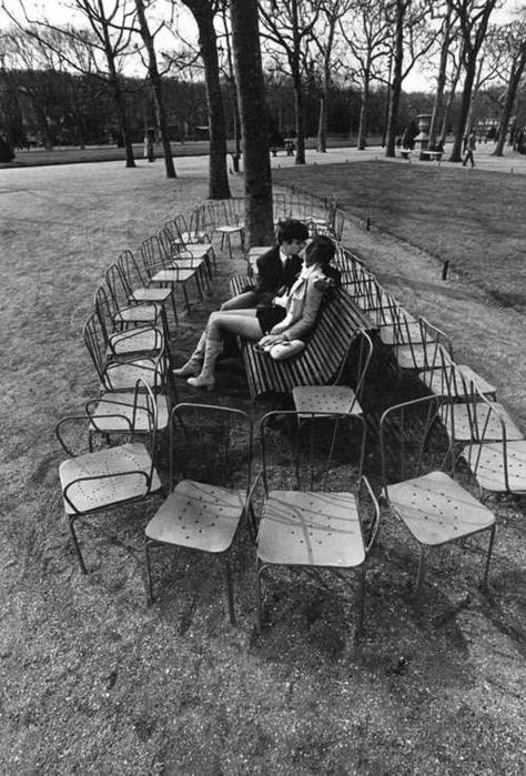 Mario De Biasi/ A World Of Kisses, 1950s