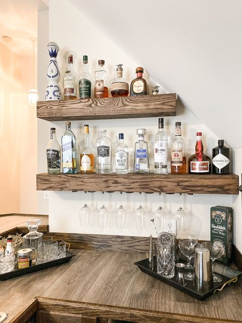 32 Amazing Bar Shelves Ideas For Your Home - The home bar that takes up a corner of the room or an entire room is definitely the one to have. But, what if you don't have that kind of space? Home Bar Rooms, Diy Home Bar, Home Bar Decor, Wine Shelves, Bar Shelves, Wall Bar Shelf, Closet Shelves, Hanging Shelves, Corner Shelves