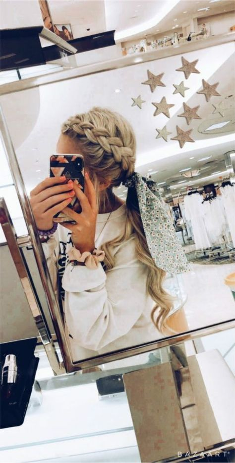 25 Cute Back To School Hairstyles For Teen Girls | Women Fashion Lifestyle Blog Shinecoco.com Athletic Hairstyles, Sporty Hairstyles, Cool Braid Hairstyles, Teen Hairstyles, Scarf Hairstyles, Black Hairstyles, Cute Volleyball Hairstyles, Hairdos, Natural Hairstyles